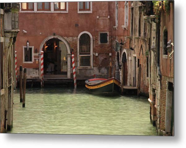 Basin In Venice Metal Print by Michael Henderson