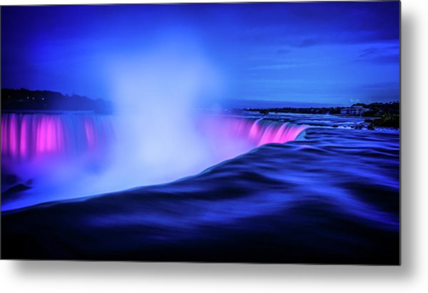 Blue Hour At Niagara Falls Metal Print