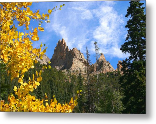 Crags In Fall Metal Print