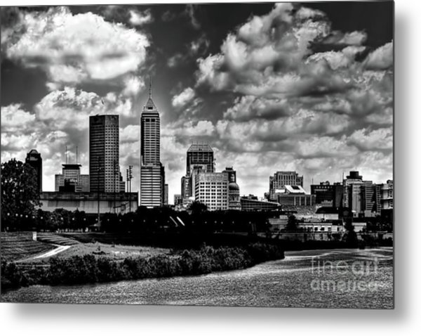 Downtown Indianapolis Skyline Black And White Metal Print