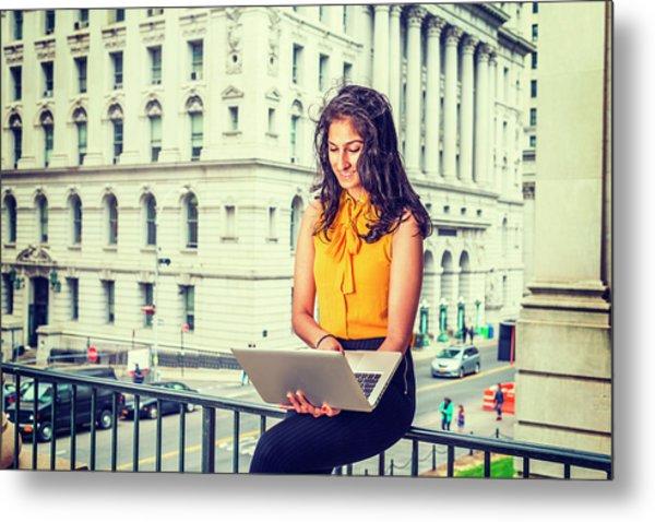 East Indian American Businesswoman In New York Metal Print