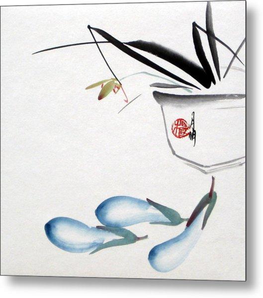 Eggplant Metal Print by Ming Yeung