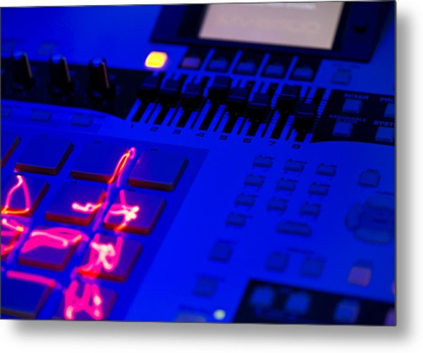 Electric Beats Metal Print by Michael Wilcox