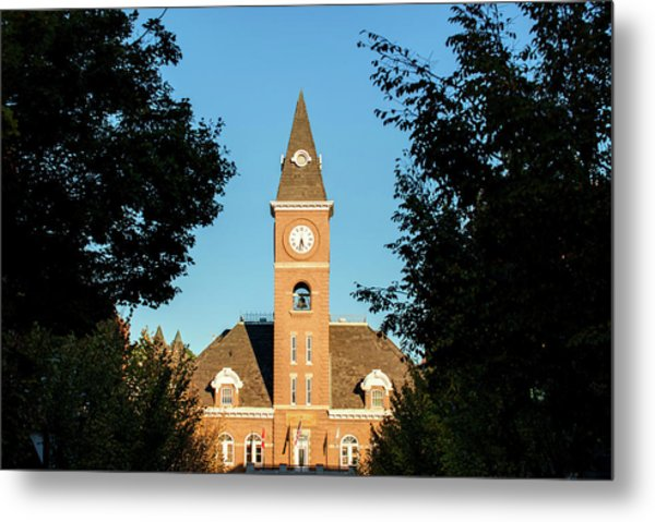 Fayetteville Arkansas Downtown Courthouse At Sunset Metal Print