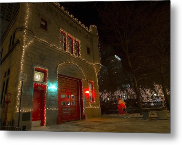 Firehouse In Xmas Lights Metal Print