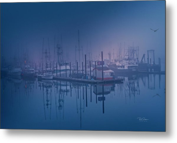 Foggy Bay Front Metal Print