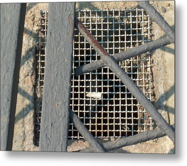 In Grates Metal Print by Jacob Stempky