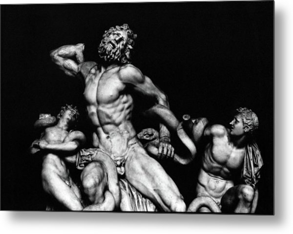 Laocoon And His Sons Aka Gruppo Del Laocoonte Metal Print by Michael Fiorella