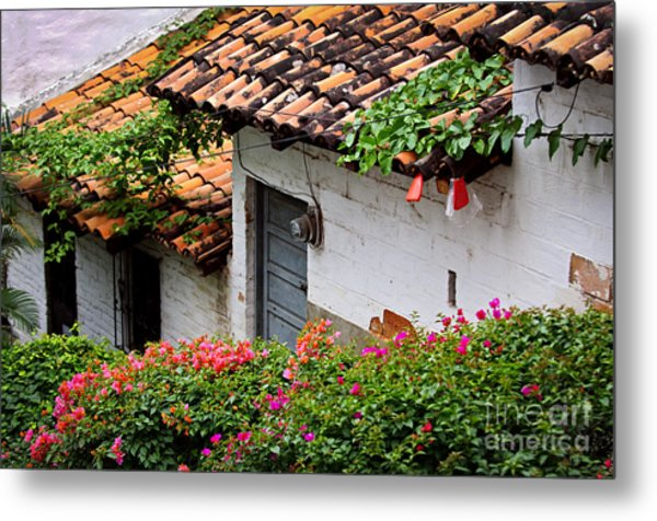 Old Buildings In Puerto Vallarta Mexico Metal Print