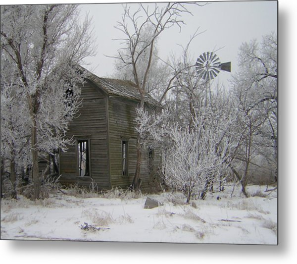 Old Deserted Farmstead Metal Print by Deena Keller