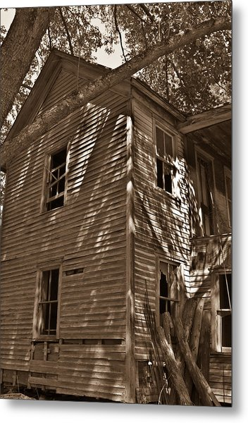 Old Farmhouse In Summertime Metal Print