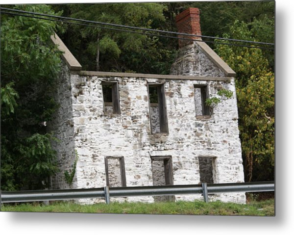 Old House Metal Print by Heather Green