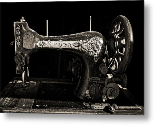 Old Singer Metal Print