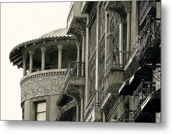 Pasadena's Castle Green Metal Print