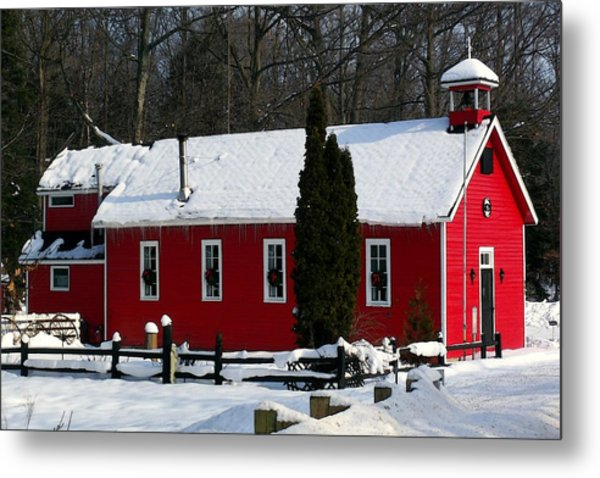 Red Schoolhouse At Christmas Metal Print