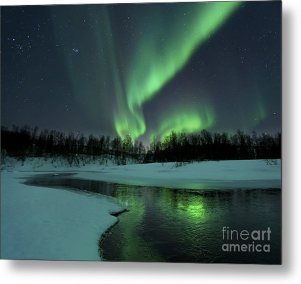 Reflected Aurora Over A Frozen Laksa Metal Print