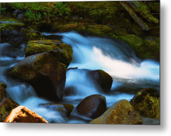 Refreshing Flow Metal Print