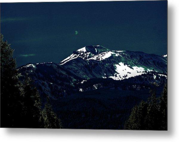 Snow On The Mountain At Night Metal Print