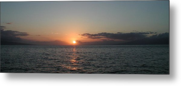 Sunset In Maui Metal Print by Bj Hodges