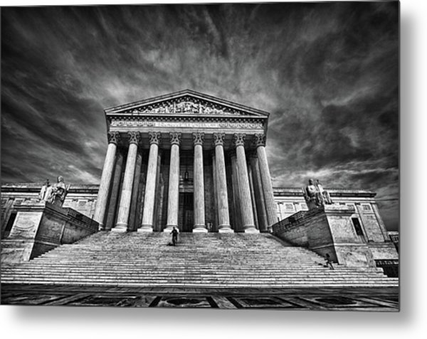 Supreme Court Building In Black And White Metal Print