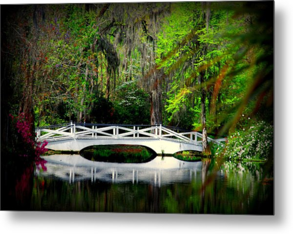 The White Bridge In Magnolia Gardens Sc Metal Print
