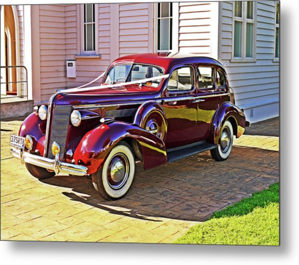 Wedding Limousine Metal Print by Kenneth William Caleno