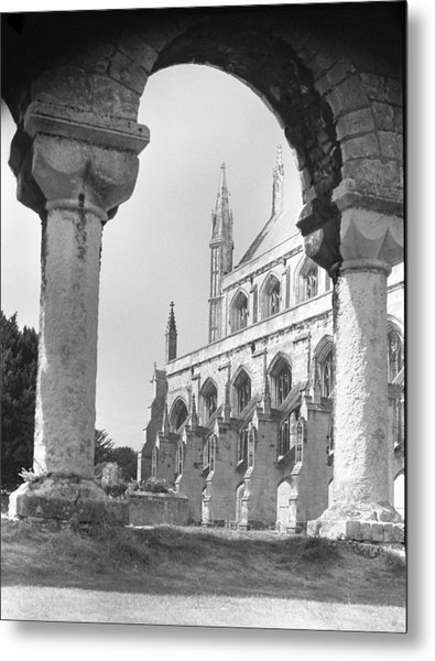 Winchester Cathedral England Metal Print by Richard Singleton