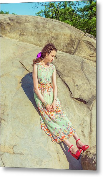 Young American Woman Summer Fashion In New York Metal Print