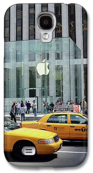 Apple Store In 5th Avenue, Manhattan Galaxy S4 Case