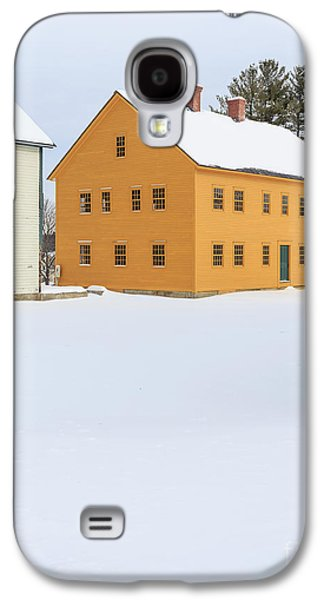 Old Colonial Wood Framed Houses In Winter Galaxy S4 Case by Edward Fielding