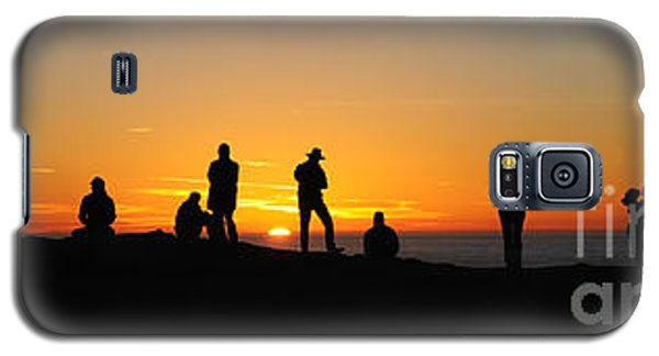 Galaxy S5 Case featuring the photograph Panorama Everyone Likes A Sunset by Vivian Christopher