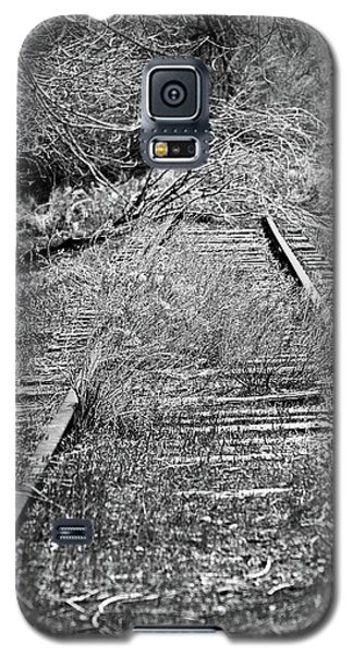 Galaxy S5 Case featuring the photograph Ghost Rail by Juls Adams