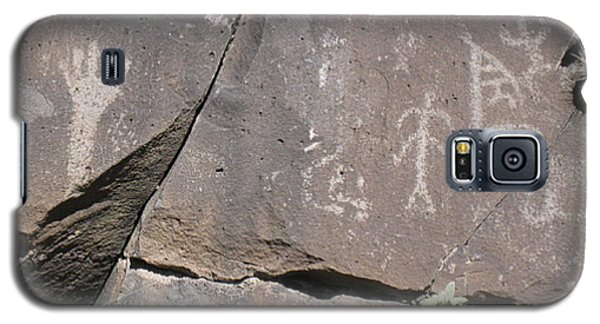 Galaxy S5 Case featuring the photograph South Fork Petroglyphs by Juls Adams