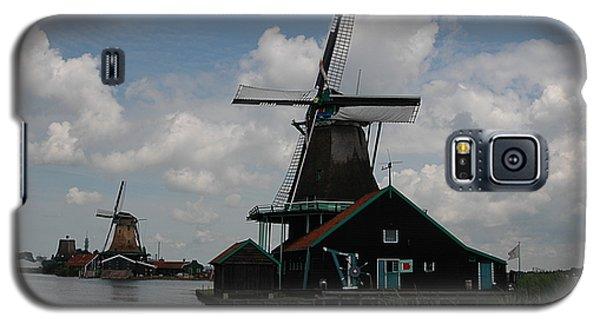 Galaxy S5 Case featuring the photograph Windmill 3 by Vilas Malankar