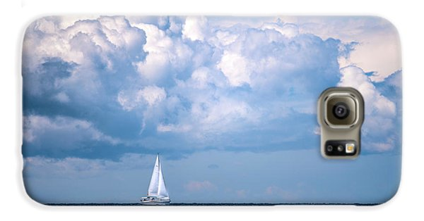 Sailing Under The Clouds Galaxy S6 Case