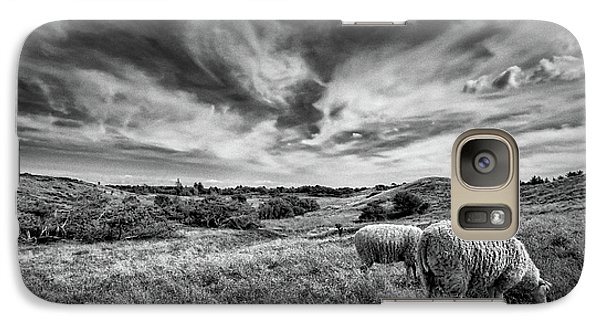 Galaxy Case featuring the photograph Heather Hills I by Stefan Nielsen