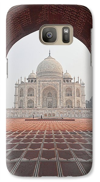 Galaxy Case featuring the photograph Taj Mahal - Color by Stefan Nielsen
