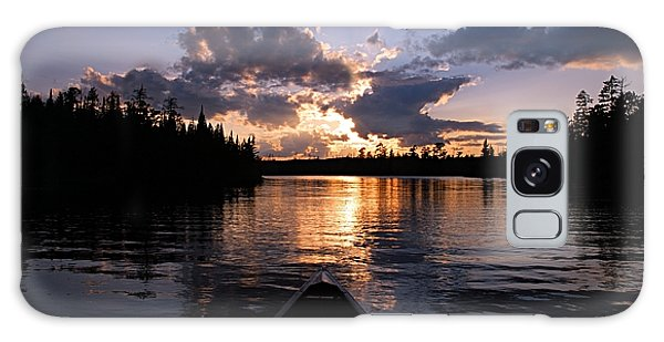 Evening Paddle On Spoon Lake Galaxy Case by Larry Ricker
