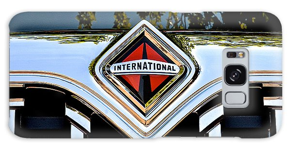 International Truck Galaxy Case