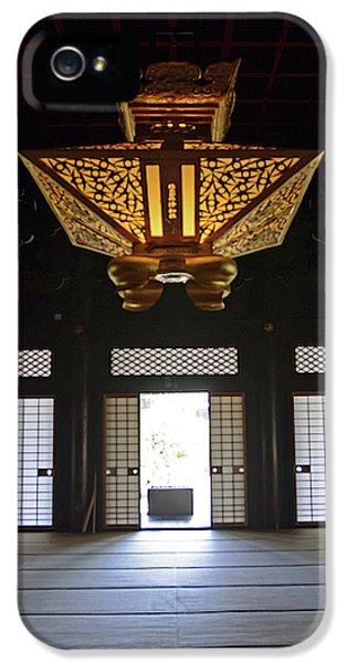Nishi Hongan-ji Temple, Kyoto IPhone 5 Case