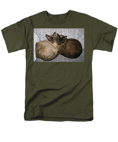 Tonkinese Pals Men's T-Shirt  (Regular Fit) by Sally Weigand