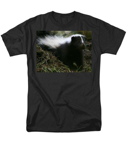 Here Kitty Kitty Men's T-Shirt  (Regular Fit)