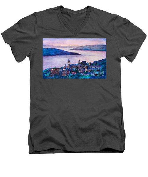 Ithaca Ny Men's V-Neck T-Shirt