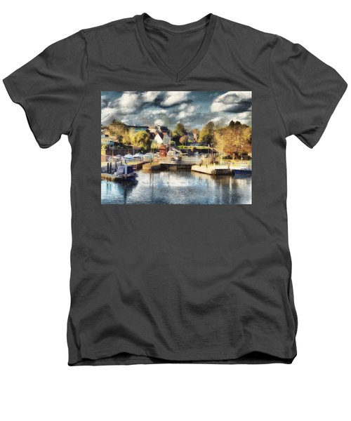 Riverview V Men's V-Neck T-Shirt