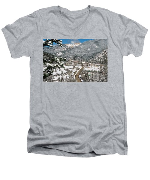 Red River In Winter Men's V-Neck T-Shirt