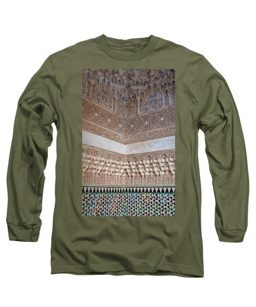 Colorful Carved Corner Long Sleeve T-Shirt