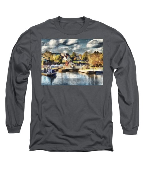 Riverview V Long Sleeve T-Shirt