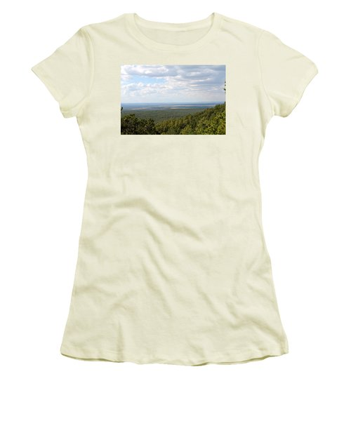 Overlooking Pinetop Women's T-Shirt (Junior Cut)