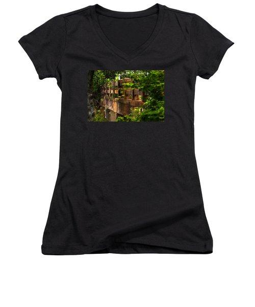 Old Joshua Highway Women's V-Neck T-Shirt