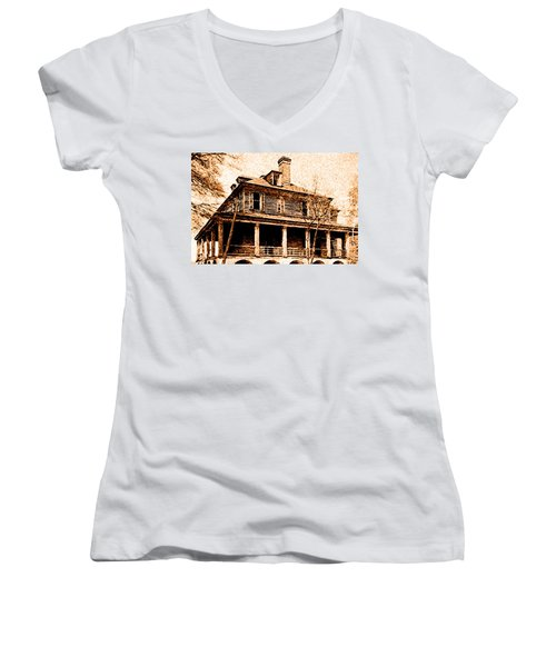 This Old House Women's V-Neck T-Shirt